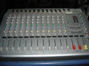 reparo teclados electronicos & amplificadores  sonido